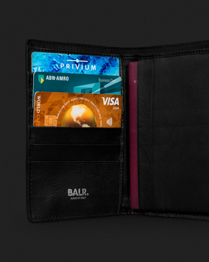 Details Leather Passport Cover