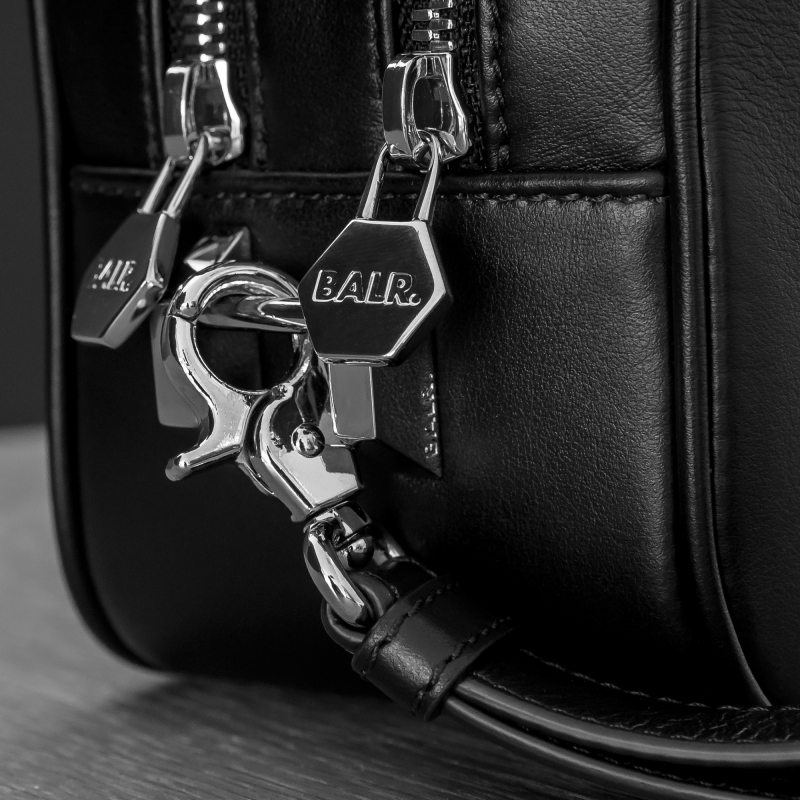 Leather Toiletry Kit Zippers