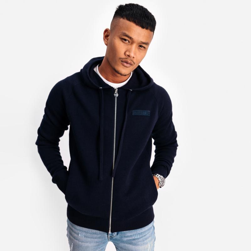 Zipp sweater