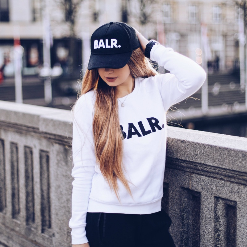 Women Brand Crew Neck White Lifestyle