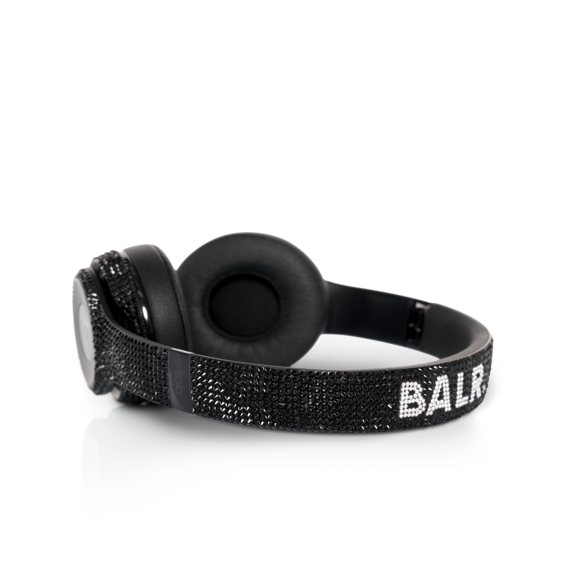 BALR. x Beats Solo3 Wireless Detail 1