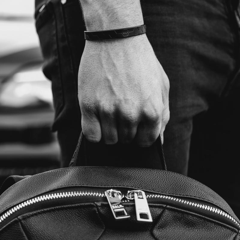 BALR. Bangle Bracelet Detail 1