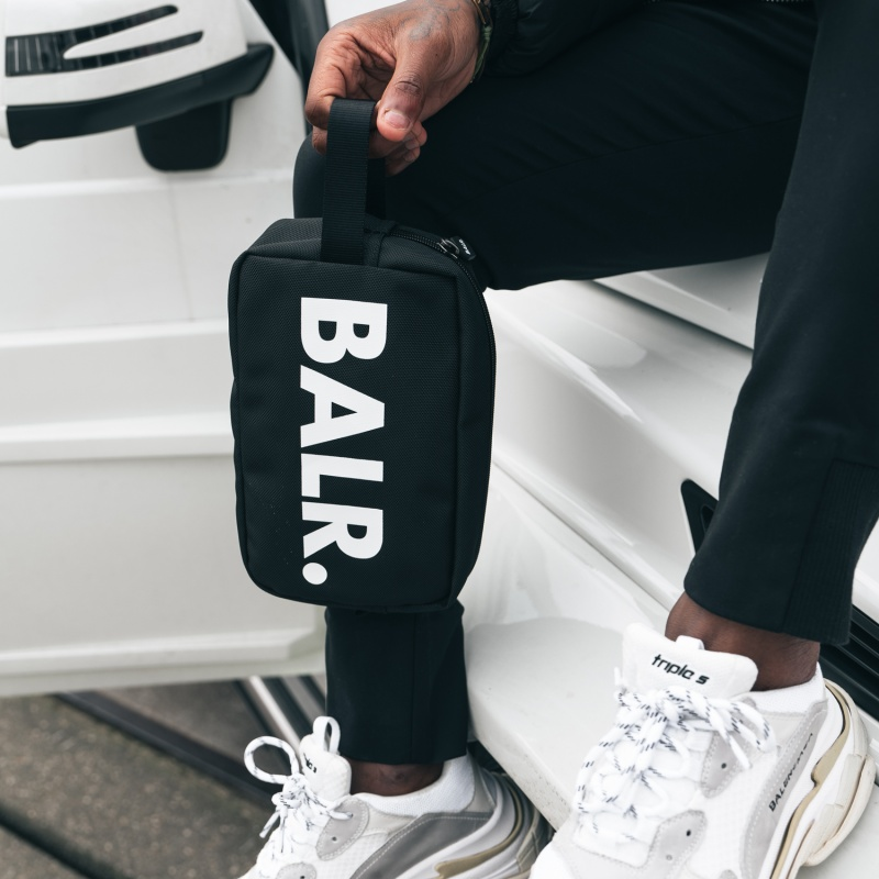 BALR. U-Series Toiletry Kit Black